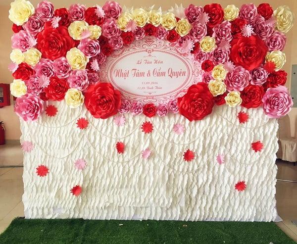 Kiểu phông cưới hoa giấy