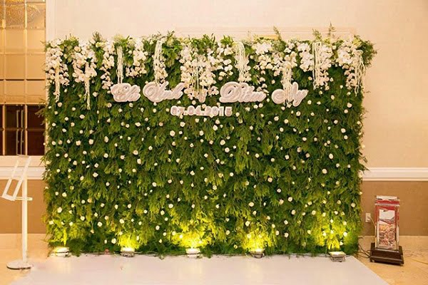 Kiểu phông cưới hoa tươi