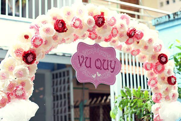 cổng hoa cưới giấy đẹp
