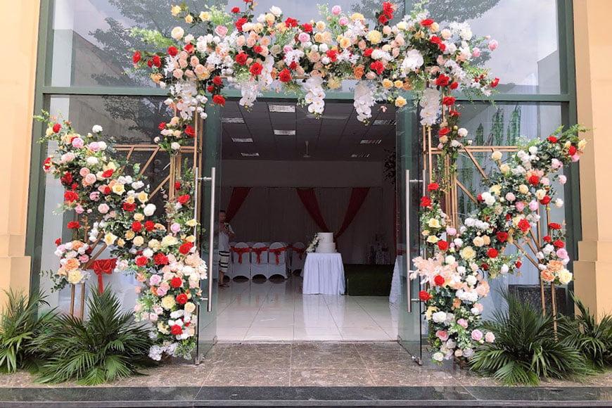 cổng hoa cưới đẹp giá rẻ và đẹp nhất