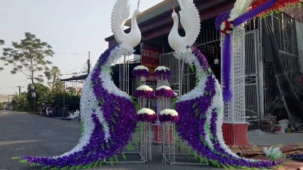 hình ảnh Cổng hoa cưới con công