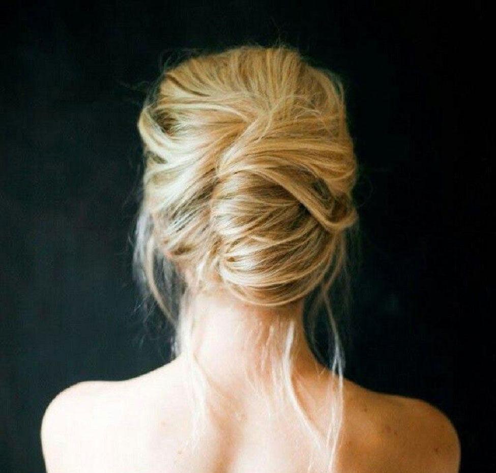 búi tóc kiểu pháp tham dự đám cưới