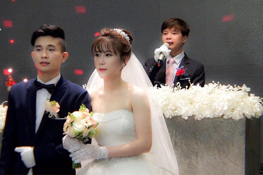 Bài phát biểu trong đám cưới của họ nhà trai