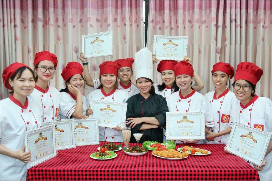 khóa học nấu ăn cho cô dâu