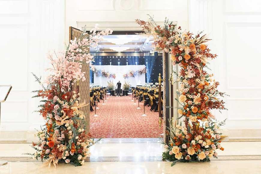 mẫu cổng hoa trong trung cư