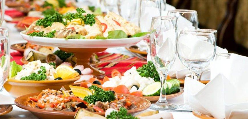thực đơn nhà hàng tổ chức đám cưới